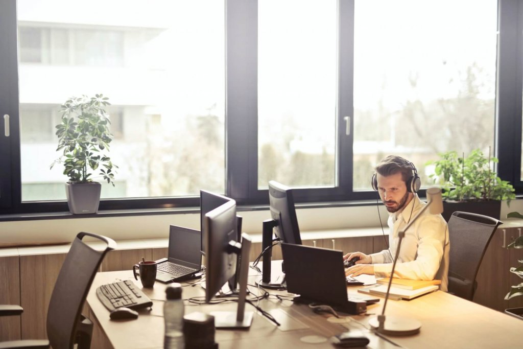 look busy at the workplace to avoid interruptions