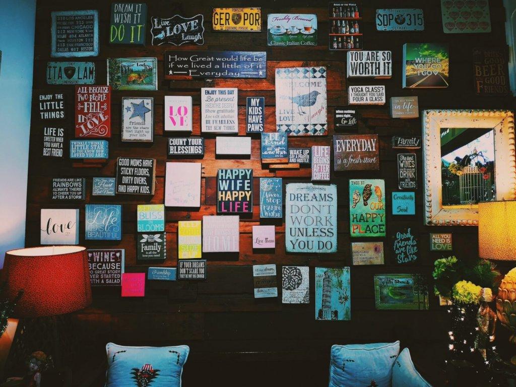 make a motivational board at home