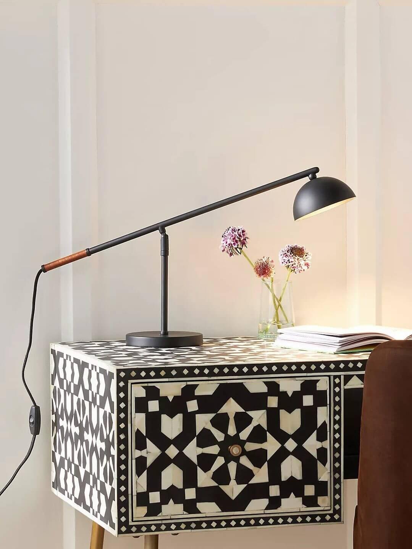 Michael LED Desk Lamp for good lighting at the home office